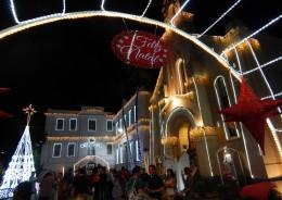Vila Luz é aberta com vasta programação natalina